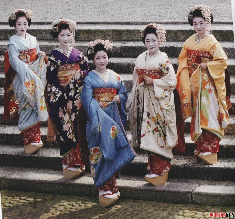 Kimono-03-800.jpg